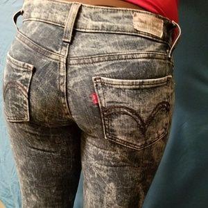 Acid Wash Levi Jeans